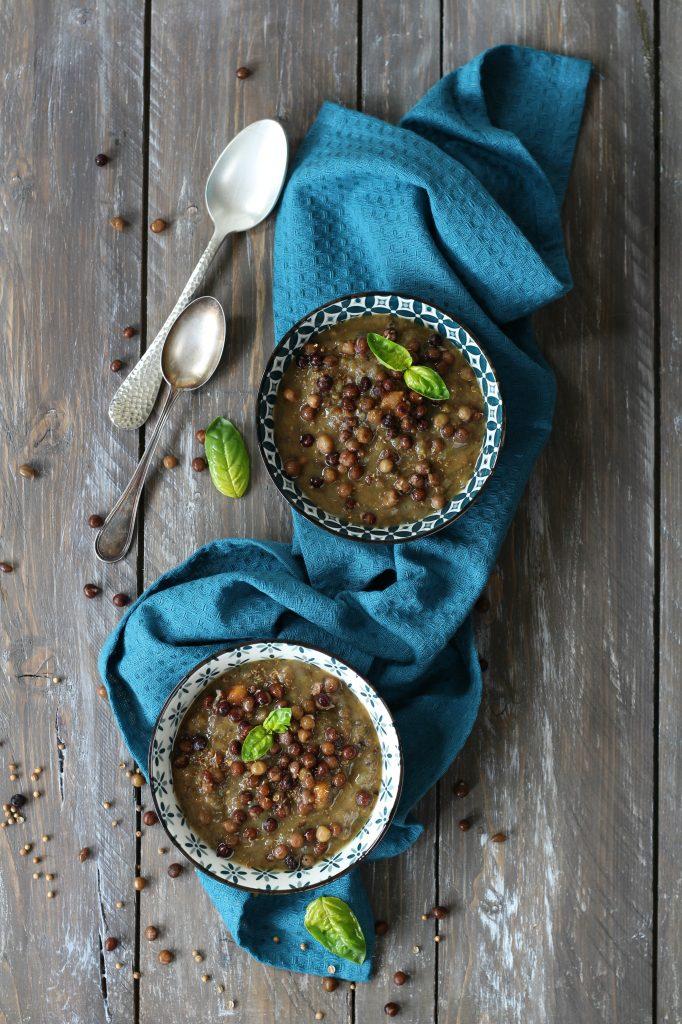 Zuppa di roveja al profumo di coriandolo ricetta facile