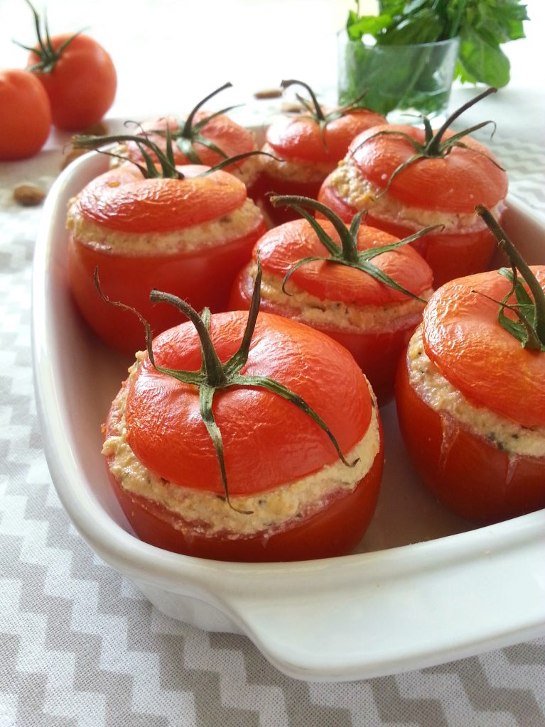 Pomodori veggie ripieni con sorpresa ricetta vegana