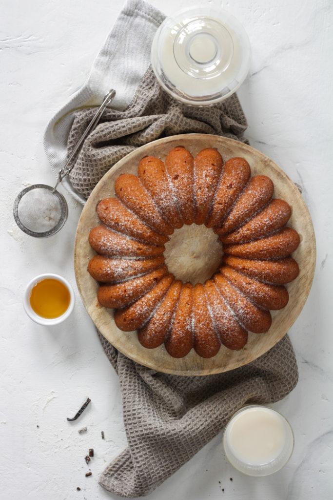 Ciambella panna miele e vaniglia senza uova