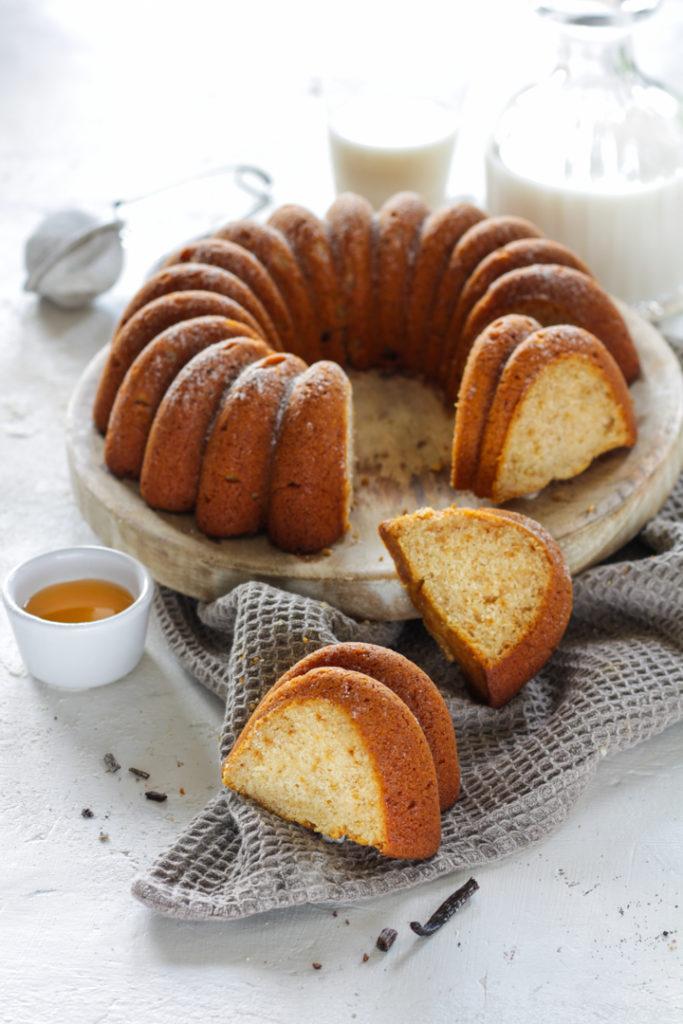 Ciambella panna miele e vaniglia senza uova veloce