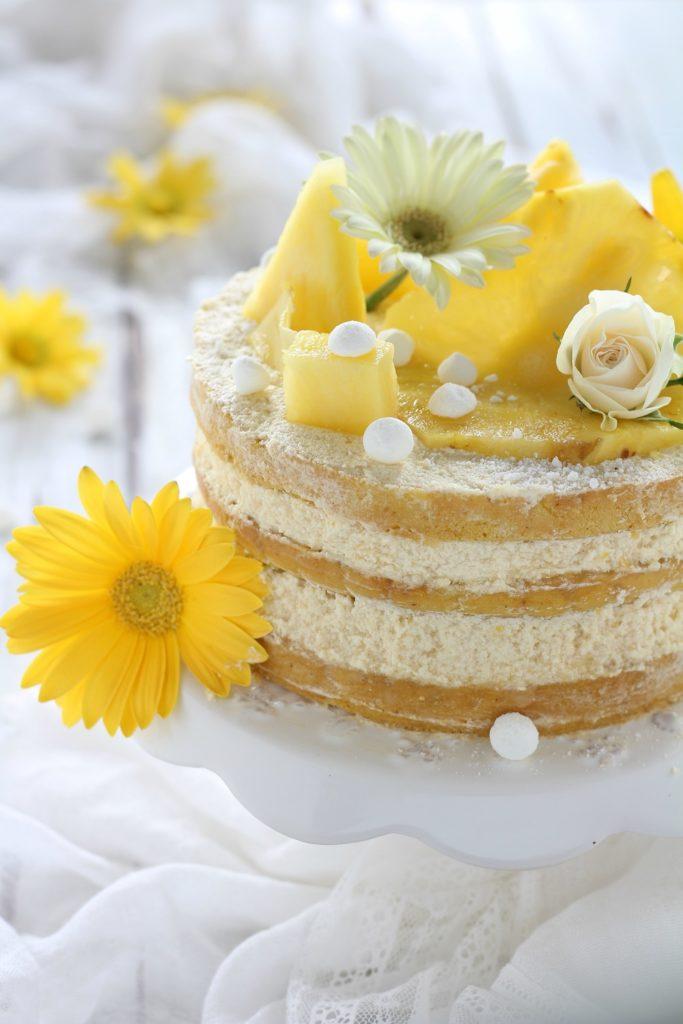 Naked cake con ananas facilissima