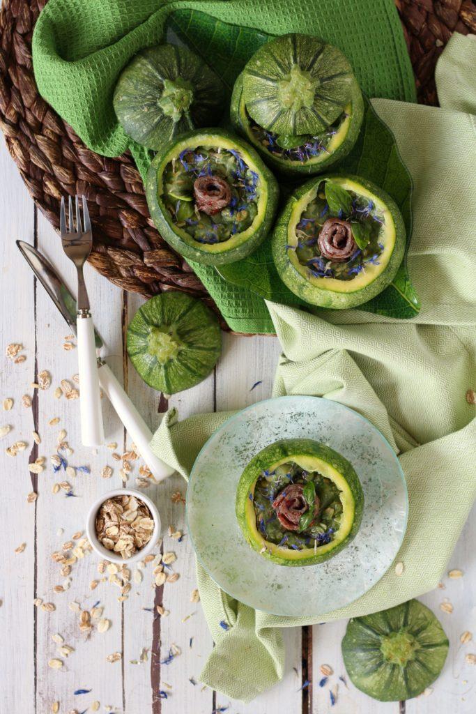 Zucchine ripiene con acciughe e fiocchi di cereali light