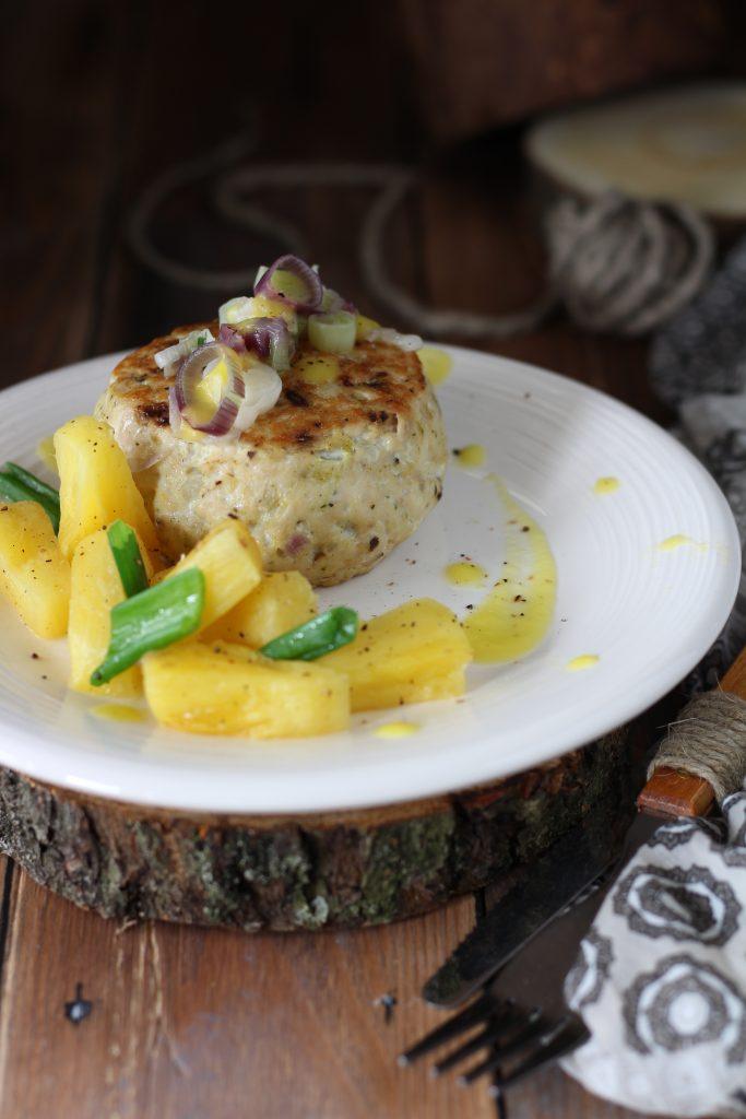 Burger di pollo ananas e pepe di Timut ricetta light