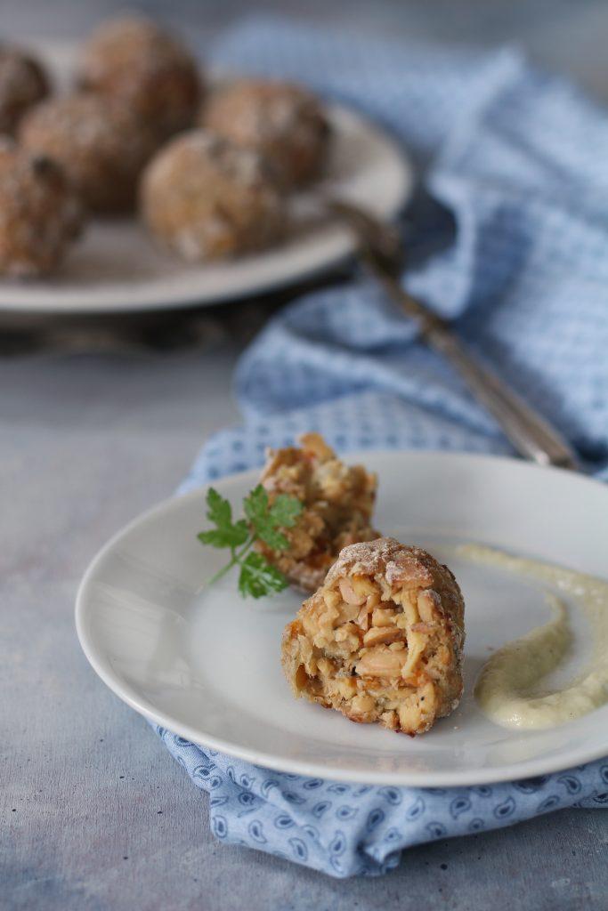 polpette veg di cavolfiore e fiocchi di soia ricetta facile