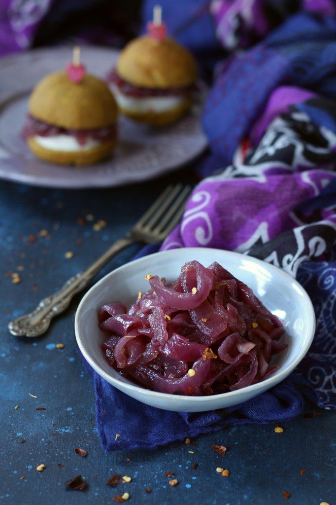 Cipolle in agrodolce con agave e peperoncino ricetta facile