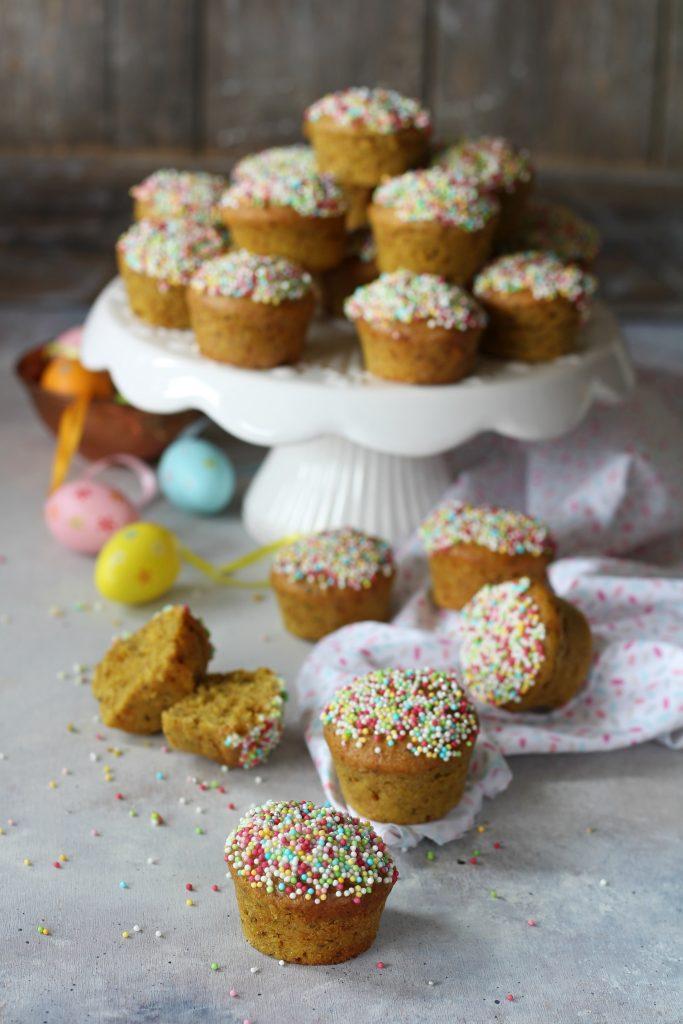 Muffin integrali vegan al succo di frutta e semi di chia