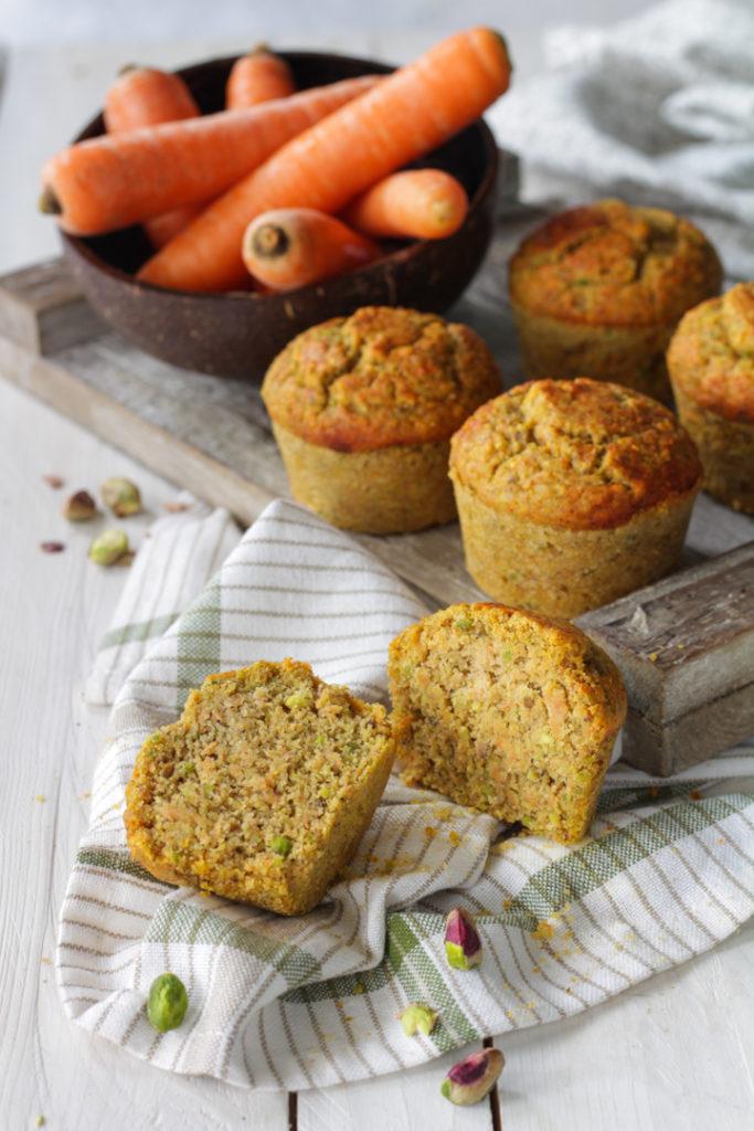 Muffin salati carote e pistacchi ricetta veloce