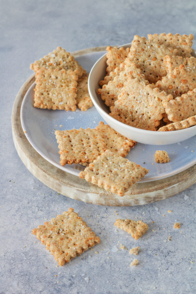 Crackers salati panna e parmigiano veloci e light