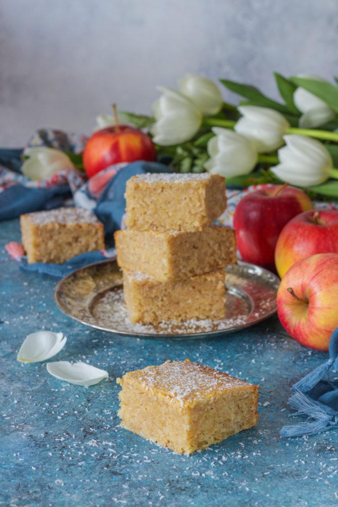 Torta vegan al cocco e purea di mele facile e veloce