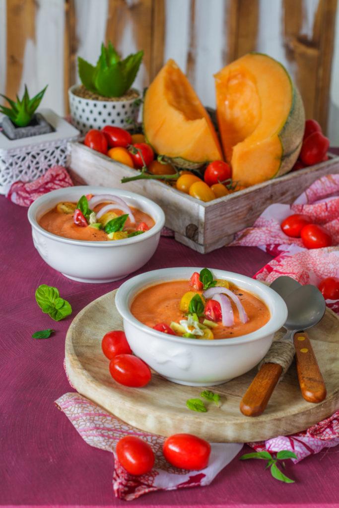 Gazpacho melone avocado e pomodorini ricetta light