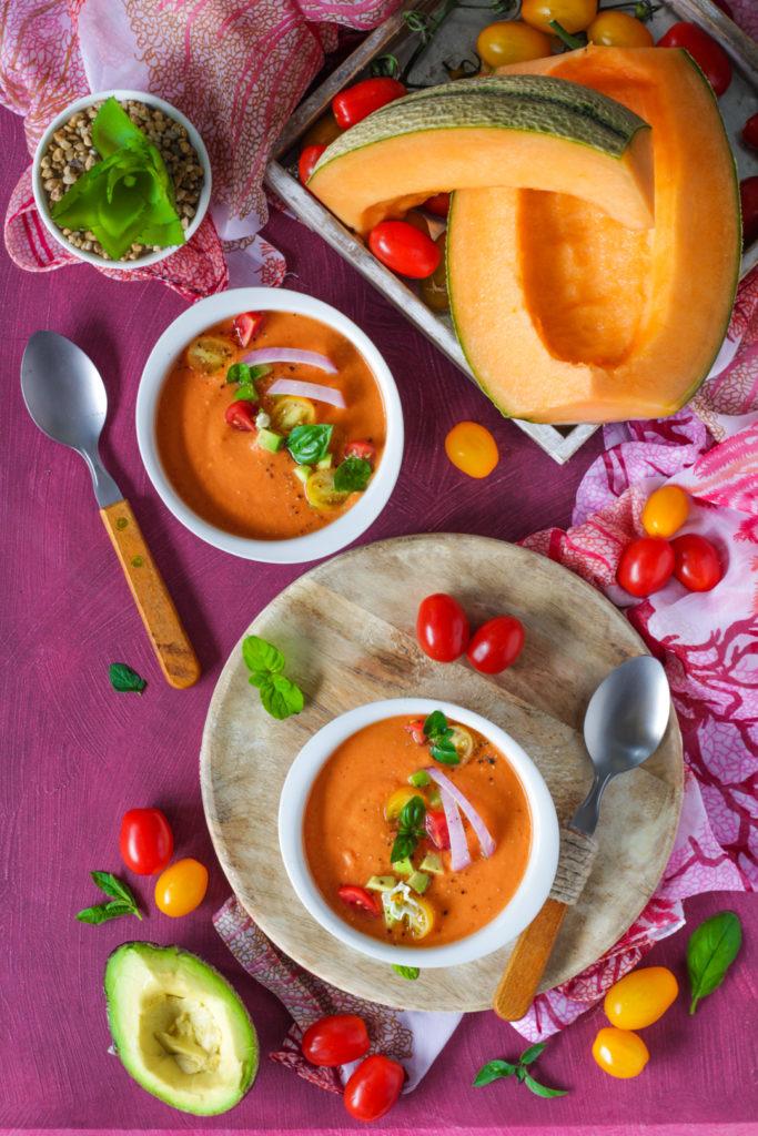 Gazpacho melone avocado e pomodorini ricetta facile