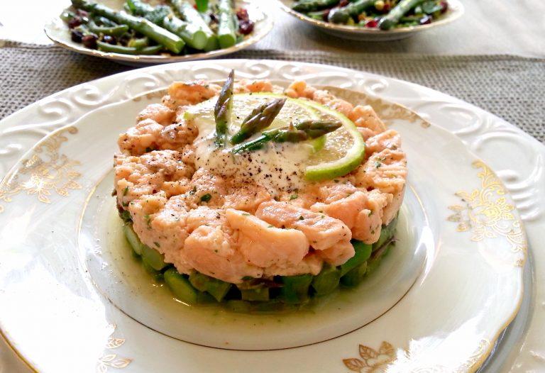 Ricetta Salmone Asparagi.Tartare Asparagi Salmone E Salsa Allo Zenzero Papilla Monella