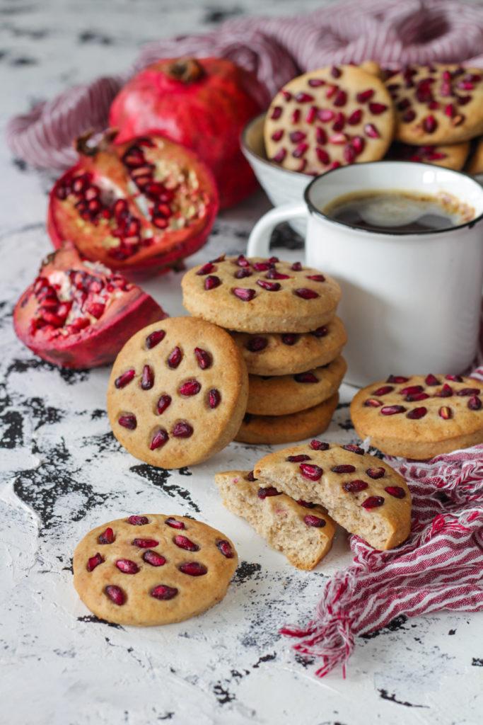 Biscotti alla melagrana senza lattosio facili e veloci