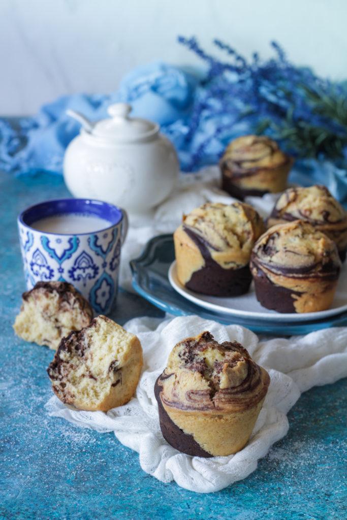 Muffin marmorizzati con vaniglia e cacao senza lattosio