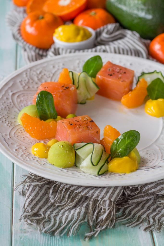 salmone affumicato con mandarino avocado e cetriolo sfizioso facile
