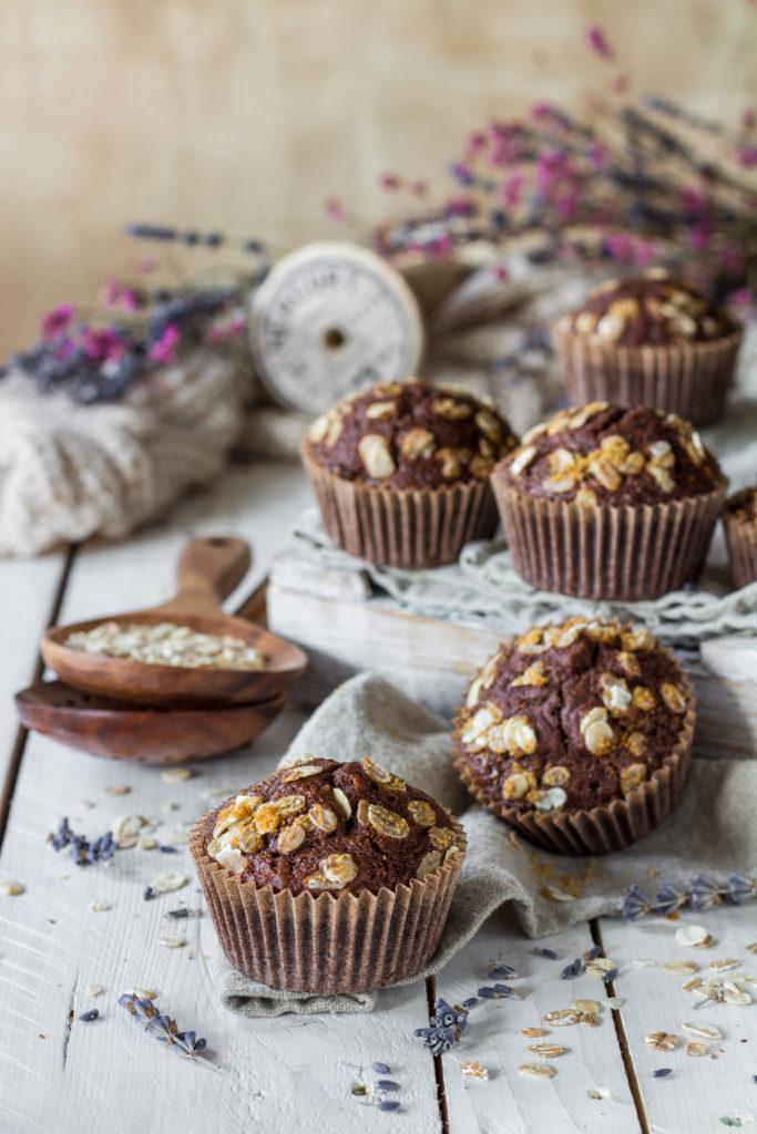 Muffin vegan con farro e fiocchi di avena facili e light