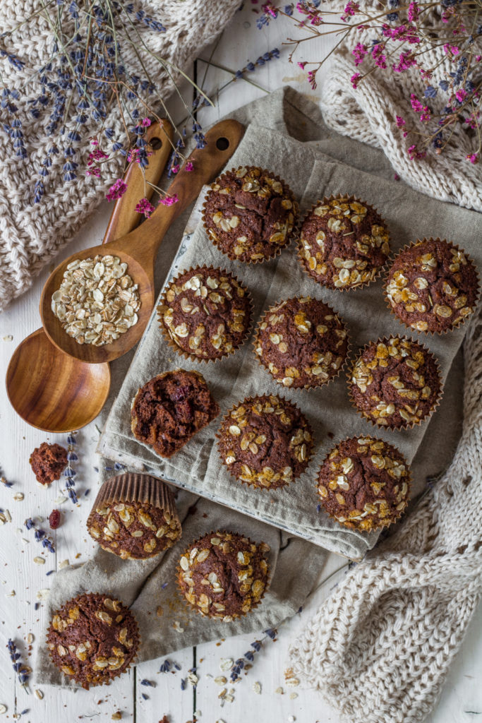 Muffin vegan con farro e fiocchi di avena facili light